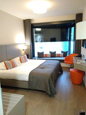 Lake Geneva Hotel: IMG_20161231_162604_large.jpg