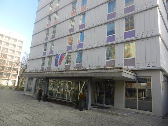 Hotel Park - Urban&Green