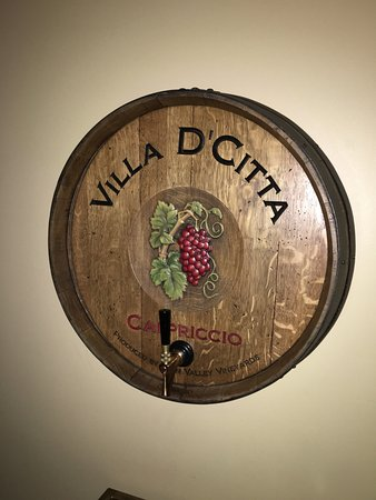 Villa D'Citta: Wine on tap
