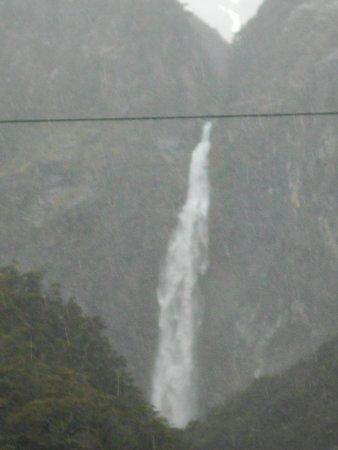 Arthur's Pass National Park, New Zealand: Falls from far...
