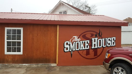 Macon, MO: The Smoke House