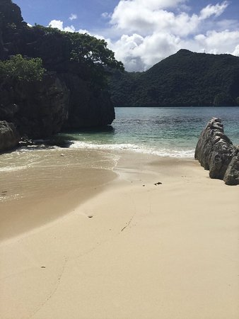 Matukad Island: lovely beach