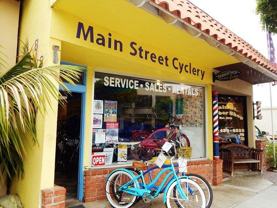 Seal Beach, CA: Bike Rental in Downtown Main Street