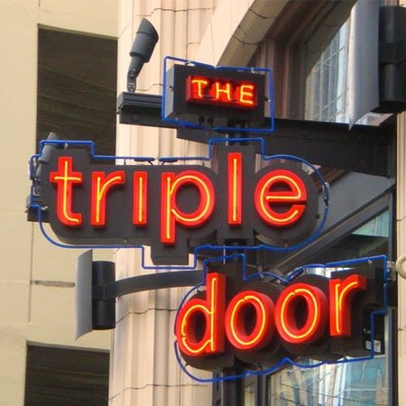 ‪The Triple Door‬