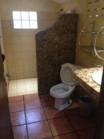 Cactus Bungalow: Bathroom in room # 4