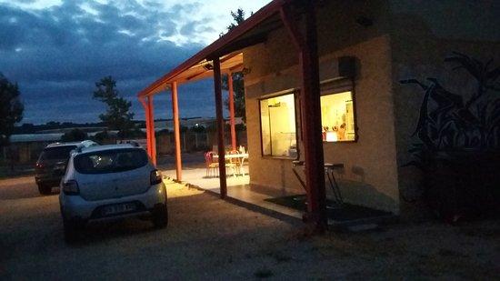Marguerittes, Prancis: Un comptoir pour être au plus proche des cuisines