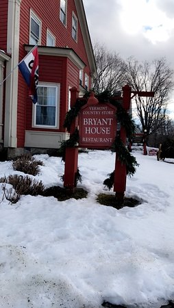 Weston, VT: Outide Sign in the snow.