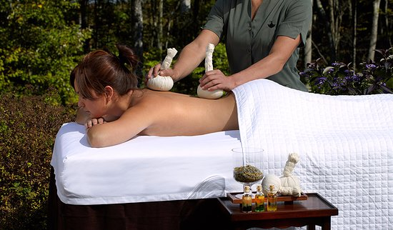 Woodloch Pines Resort : Spa treatments available at our sister property nearby.