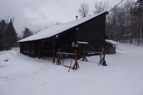 North River, NY: Ski House