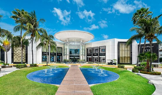 Luxury Avenue Cancun