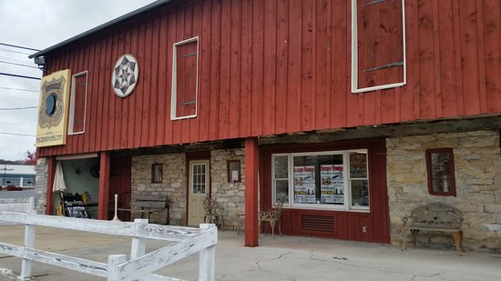 Annville, PA: Oh What Surprises Are Inside This Barn!