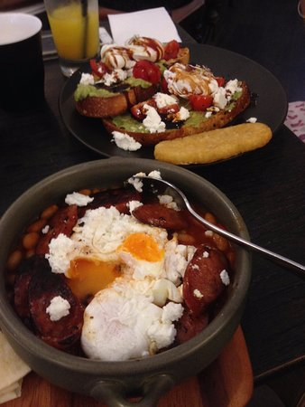 Hurstville, Australia: Shakshuka and Eggs, Avo and Balsamic