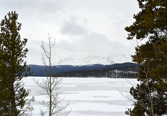 Leadville, CO: View of Mt. Massive at the scenic overlook stop.