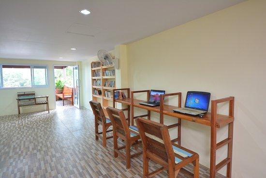 phangan barsay hostel prices reviews ko pha ngan thailand rh tripadvisor com