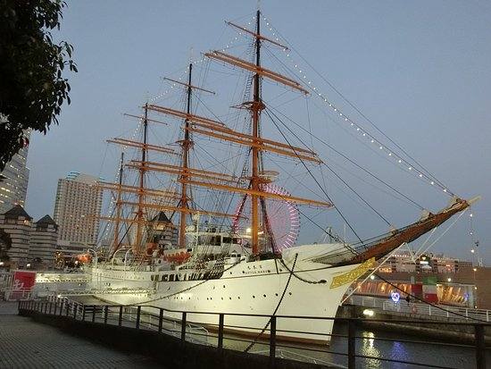 ‪Sail Training Ship Nippon Maru‬
