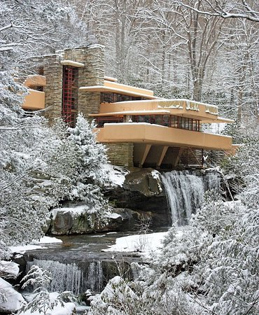 Fallingwater: Iconic view in the fresh snow