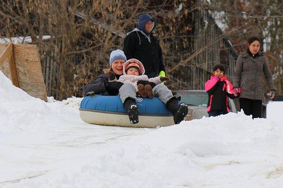 Kerhonkson, NY: Snow tubing