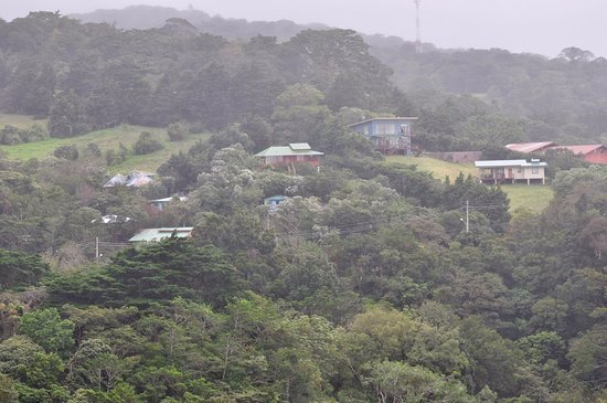Cerro Plano, Costa Rica: View from the lookout point within the property