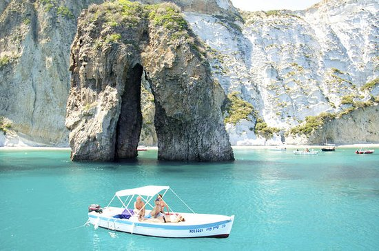Full-Day Island of Ponza Cruise Trip ...