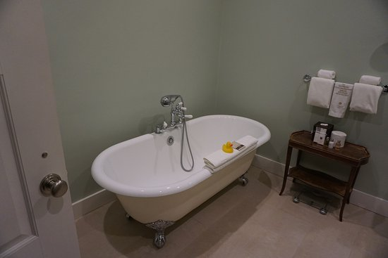 our own personal claw foot tub picture of the vanderbilt newport rh tripadvisor com
