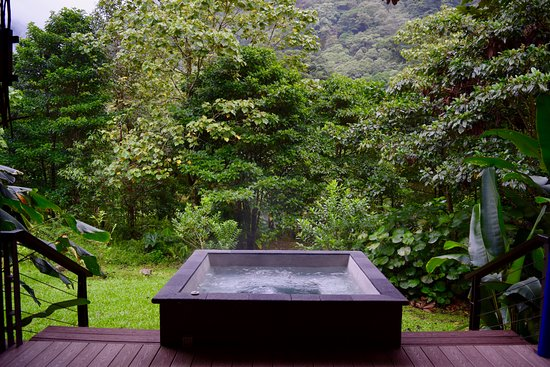 El Silencio Lodge & Spa: Our villa's private (and stunning!) hot tub overlooking the Cloud Forest.