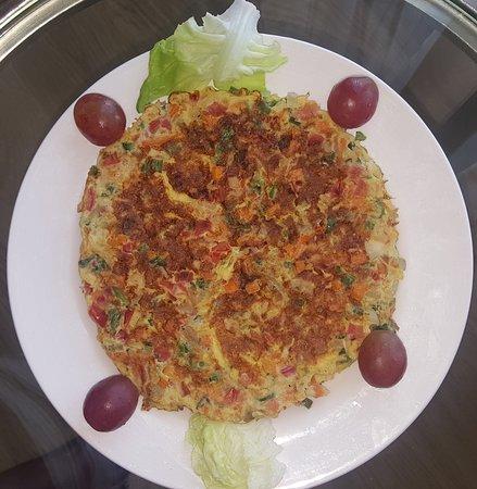 Taj Club House: The healthy omelette with rich veg.. a healthy meal