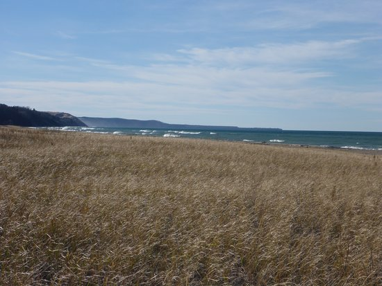 Grand Marais, MI: Beach & Headlands