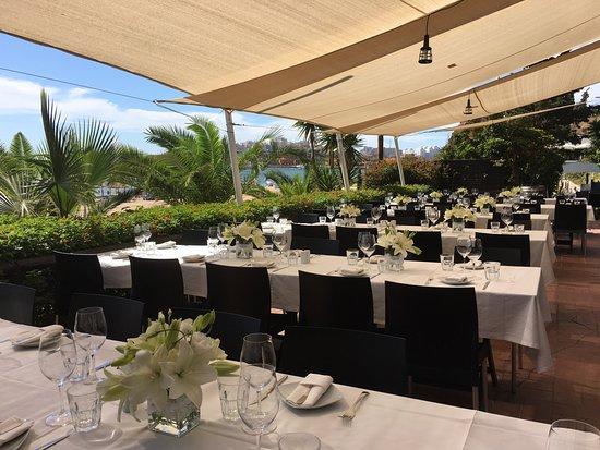 Beach Wedding - Table Setting - Picture of Club Nau, Ferragudo ...