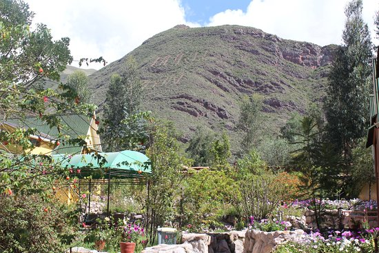 Amaru Valle Hotel: Located on a mountain side, very peaceful