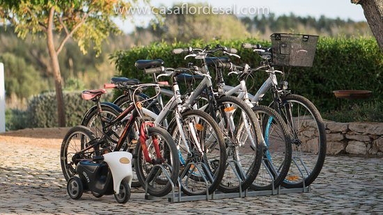 Moncarapacho, Portugalia: Free bike available