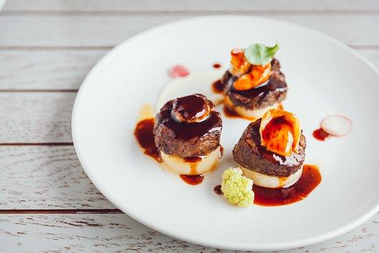 International: Trio of Latvian beef tenderloin steak from farm Ošmalas | tiger prawn, foie gras, Camembert chee
