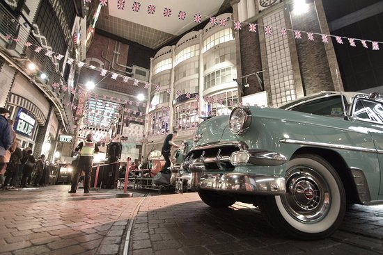 The Printworks: Dance classes, live music, vintage clothes and cars at Vintage Swing festival