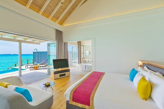 Kuramathi Island Resort: Water Villa with Pool