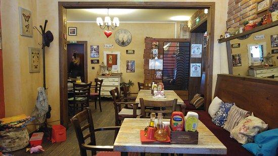 Brick Cafe Sofia: Interior