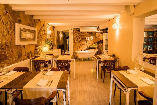 DEGVSTA restaurant: sala principal