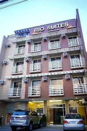 Rio Suites: Facade