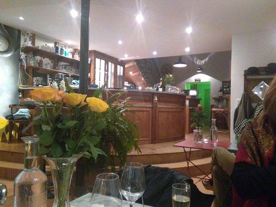 Mirande, Γαλλία: le comptoir