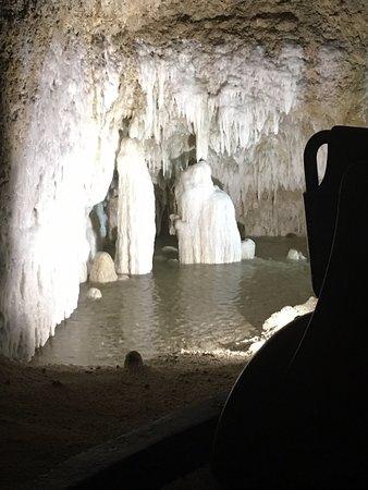 Harrisons Cave Underground Pool