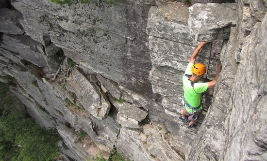 Gardiner, Estado de Nueva York: Rock Climbing at the Mohonk Preserve