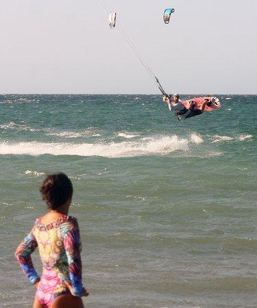 Kite Brazil Hotel : kiteboarding in front of the hotel