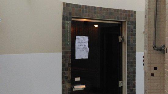 Clayton le Moors, UK: Disgusting spa