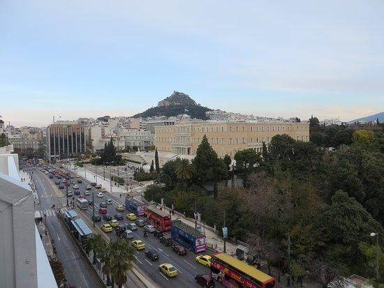 Ξενοδοχείο Αμαλία: vue sur le parlement , de la terrasse ..