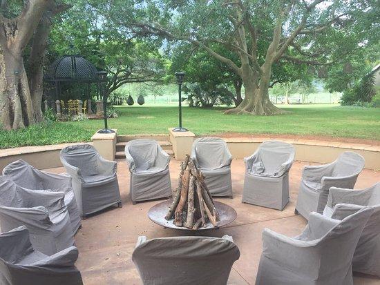 Mkuze, Sør-Afrika: Amazing spaces around the garden