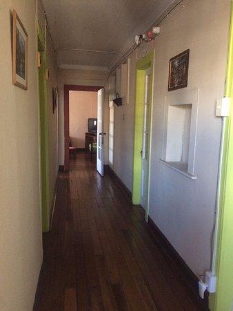 Pasillo donde están los cuartos - Bild von Casa Patrimonial Little ...