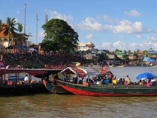 SEX AGENCY in Kompong Chhnang