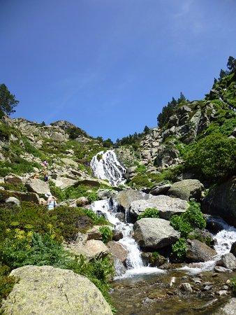 Valle de Incles: Camino hacia els Estanys de Juclar