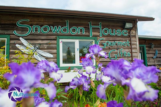 North Saanich, Canadá: Join us at the gift shop!