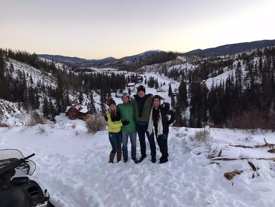 Parshall, CO: Snowmobiling Pros ;)