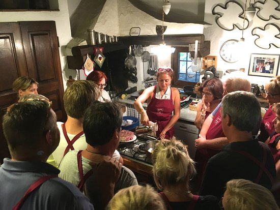 TuscanyEx Day Tours: Cooking class, la cuisson