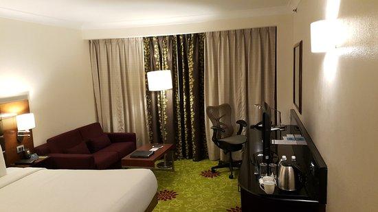 Hilton Garden Inn New Delhi / Saket: 20170101_213335_large.jpg